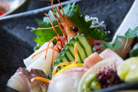 【お魚好きの方へ★プレミアムプラン】★お造りたっぷり7点盛りと神戸牛会席プランのご紹介
